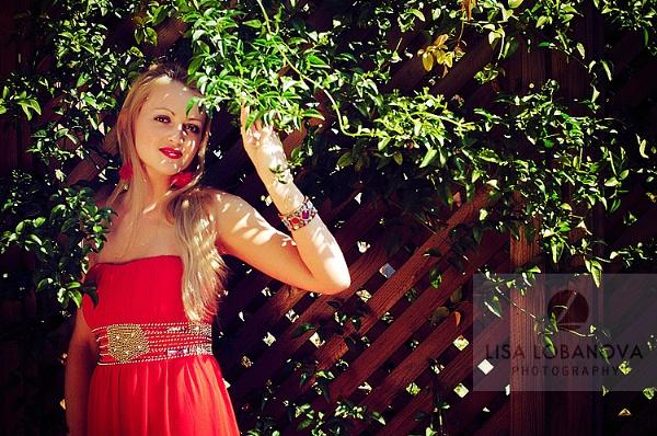 Red dress by lisalobanova
