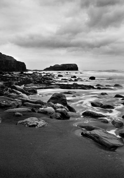 Saltwick Bay, Nth Yorkshire by hannahlouisefreeman11
