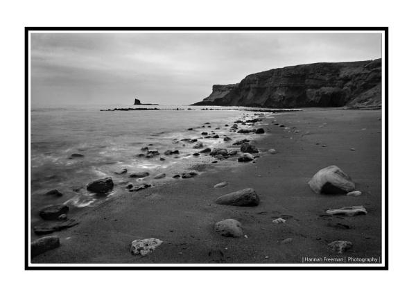 Saltwick Bay 2 by hannahlouisefreeman11