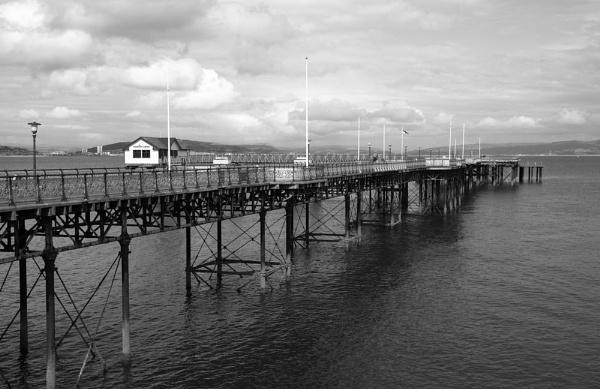 Mumbles Pier in Monochrome by jembo