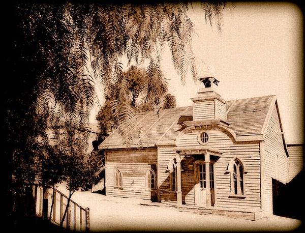 Old Western Schoolhouse by thatmanbrian