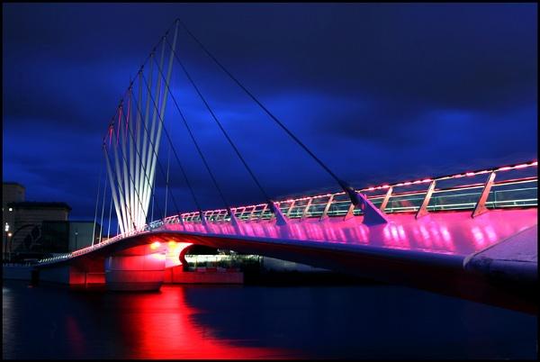 Media City Swing Bridge by johnmw