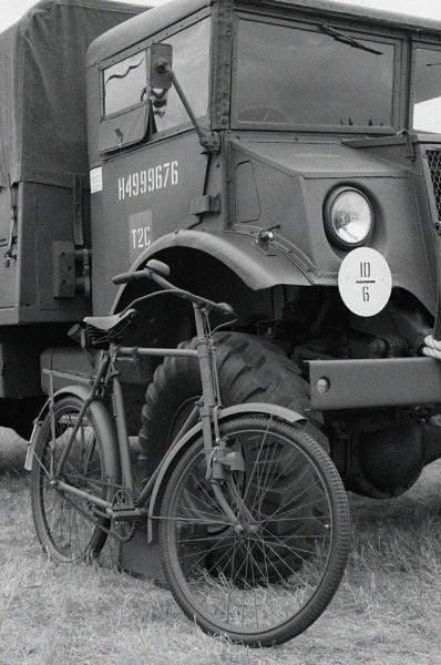 ww2 truck by possumhead