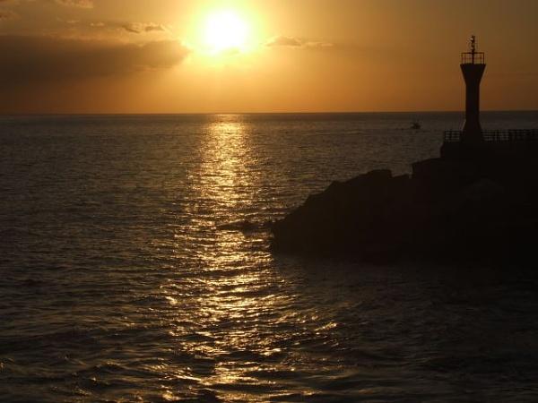Sunset over Tenerife by aazzaa