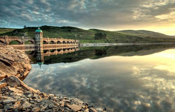 Craig Goch Dam by fotosphere