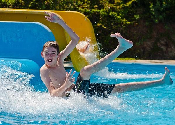 Splashdown 2 by Philo