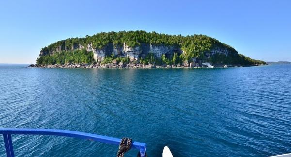 Bear Rump Island by 1nikongirl
