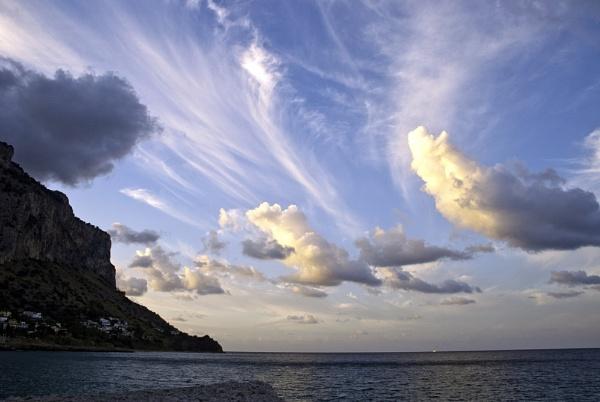 ocean sky by letuong