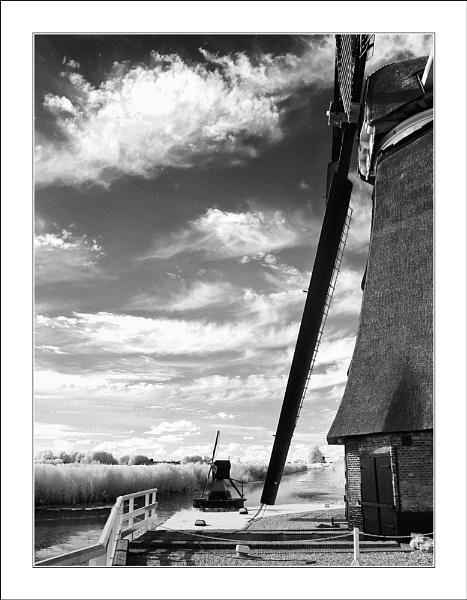 3 Windmills by conrad