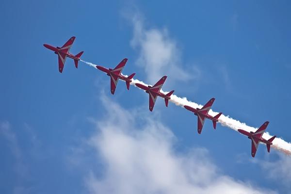 Red Arrows by skye1