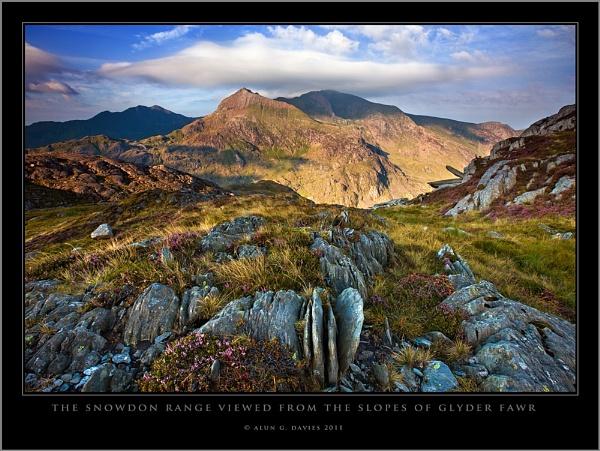 First light on the Snowdon Horseshoe by Tynnwrlluniau