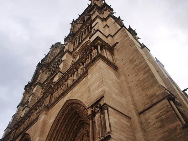 Notre Dame by jessikerr