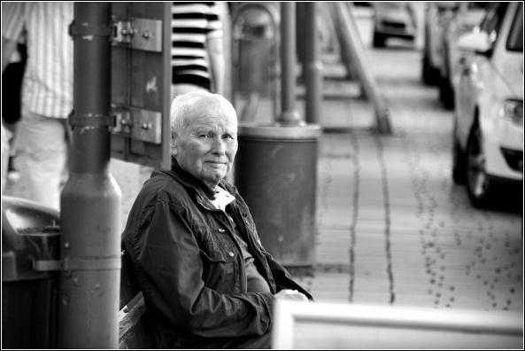 a portrait of old man by fasfoto