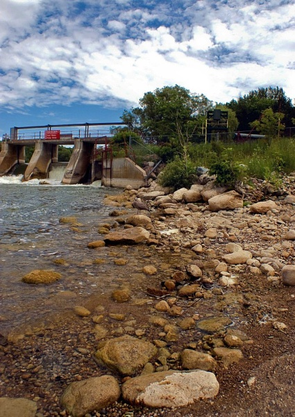 Dennys Dam by madbilly