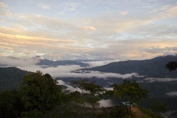 Himalayan Sunrise by jasonrwl