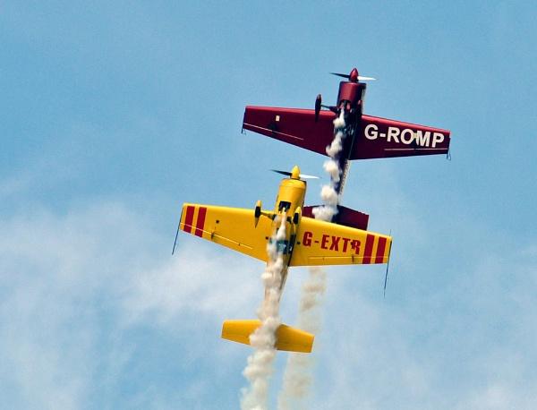 Chatsworth Aerobatics by chrismonks