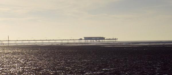Suthport Pier by Gregoir