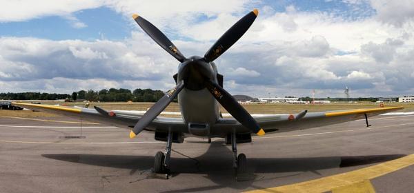 Spitfire by grayguy