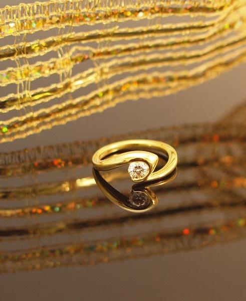 diamond ring by jayjay52