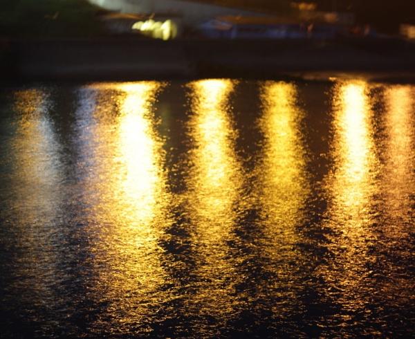 Blurry lights by pdcche