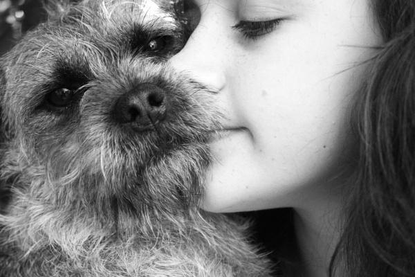 Puppy Love by jojojellybean