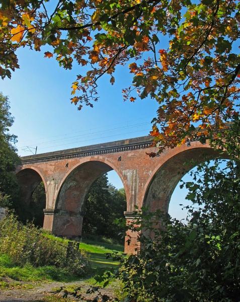 Viaduct in autumn - Holmes Chapel by HelenaJ