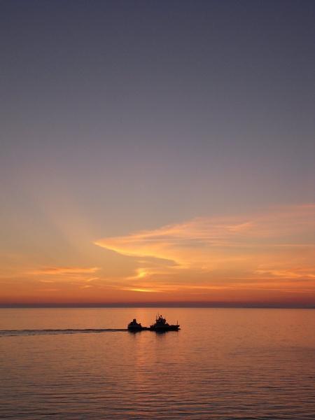 sunset off ardnamurchan point by jadus