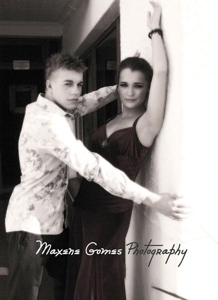Romance by MaxeneG