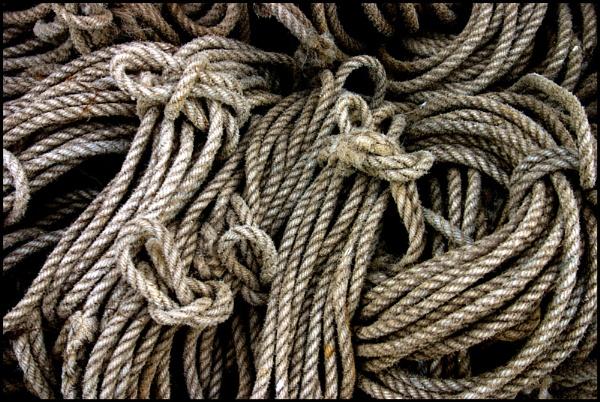 Old Rope by nanpantanman