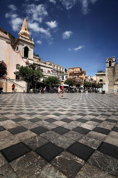 Taormina, Sicily by paulcr