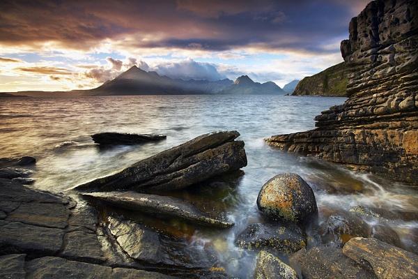 Elgol Sunbreak by richardwheel