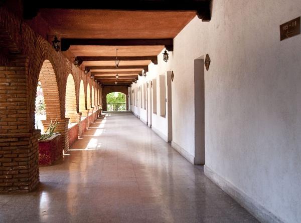 Corridor of Light by redpuma