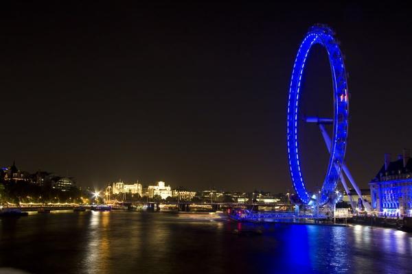 London Eye by Aphelion3010