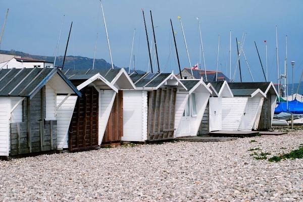 Beach huts by Kwosimodo