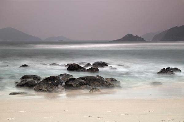 Sitio de Sampedro beach II by luizdasilva