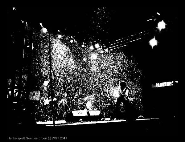 Henke playing Goethes Erben @ Wave Gotik Treffen Leipzig 2011 by nellabella