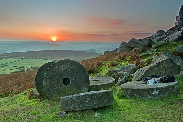 Stanage sunset 2 by williamthorpe271