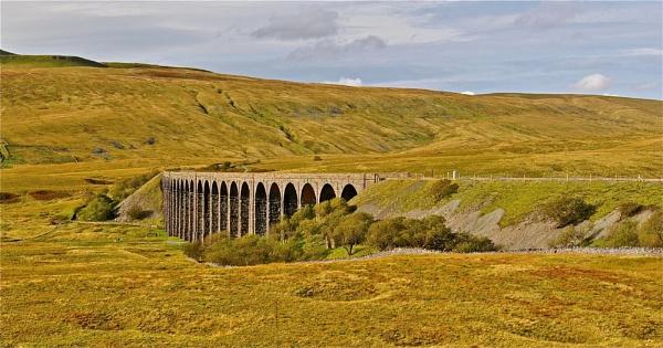 Ribblehead Viaduct by Kentoony