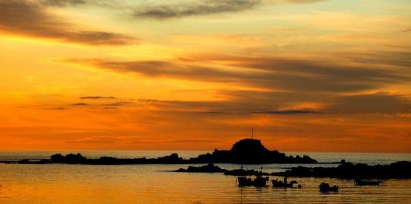 Orange Sky by TraceyPaper