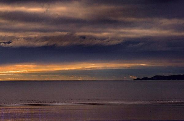 Mumbles Head at dawn by welsh-beck
