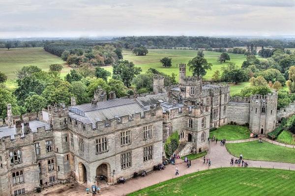 Warwick Castle by chieflong