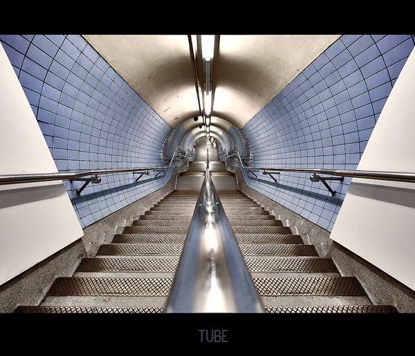 >TUBE< by Platchet