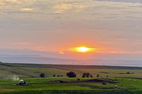 Pastoral Sunset by gabymarian