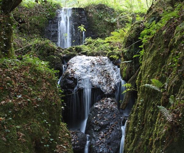 waterfall by min