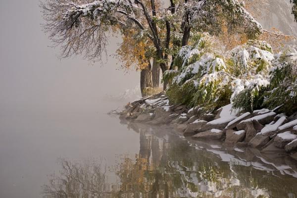 Autumn Snow by enricopardo