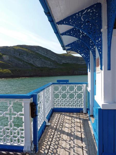 Llandudno Pier by dixy