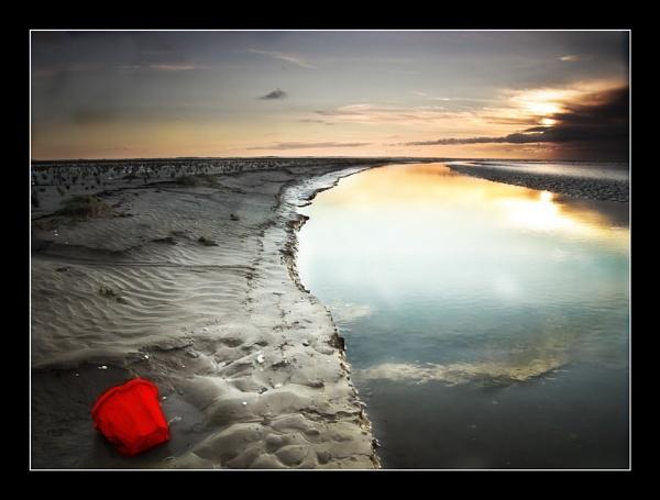 Red Bucket by chrispo