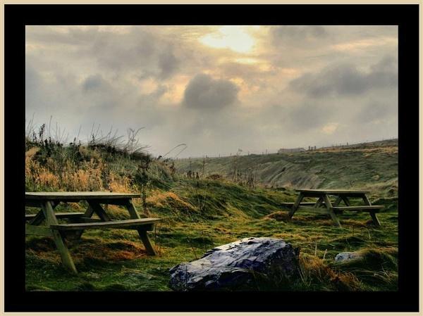 Seaside Picnic by pringle