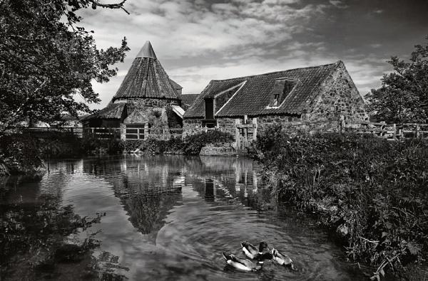 Preston Mill by GaryMoffat