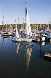 Airing sails